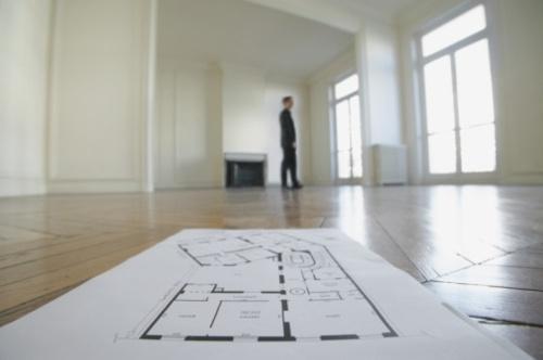 фото Гражданин не имеет права на имущественный вычет по НДФЛ в случае перевода своей коммерческой недвижимости в жилое помещение